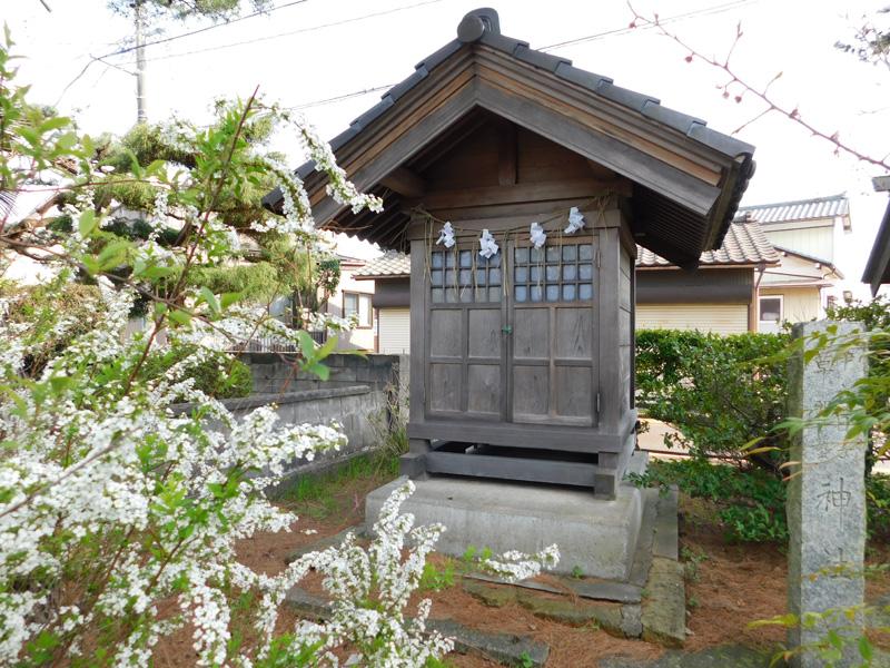 末社 伊夜日子神社
